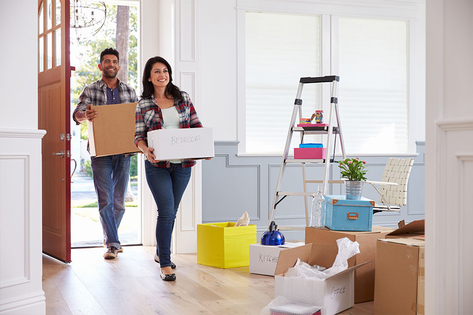 Do's and Don'ts of Moving Into Your First Home