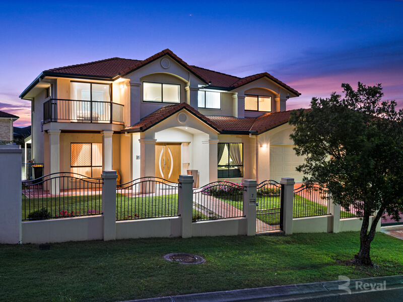 7 Crab Apple Crescent Stretton QLD 4116