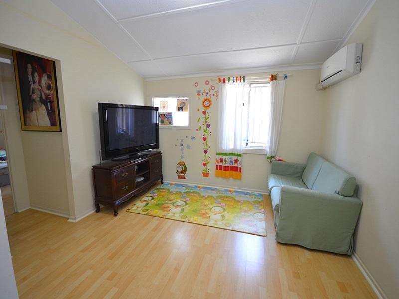 88 Creek Rd Mount Gravatt East QLD 4122