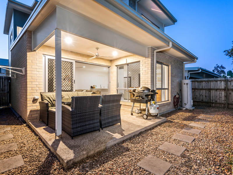 2/30 Taylor Place Mackenzie QLD 4156