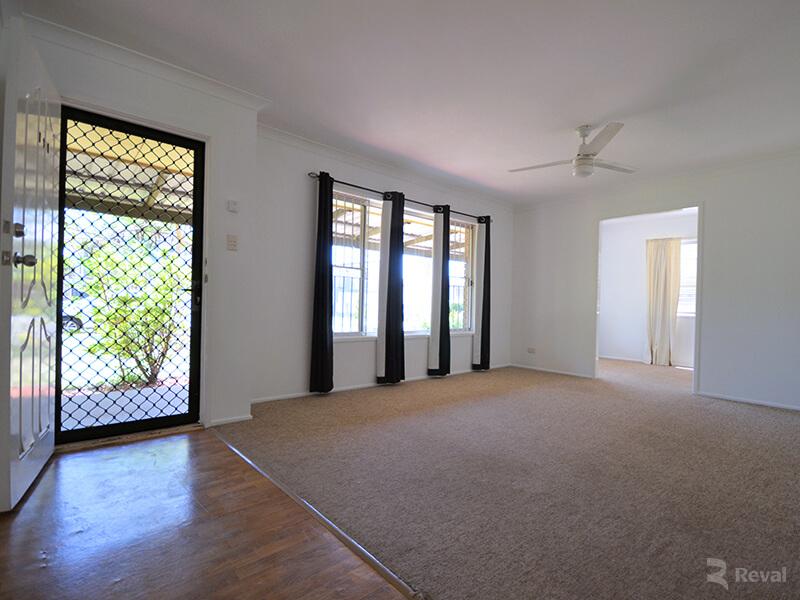 75 Wanda Road Upper Mount Gravatt QLD 4122
