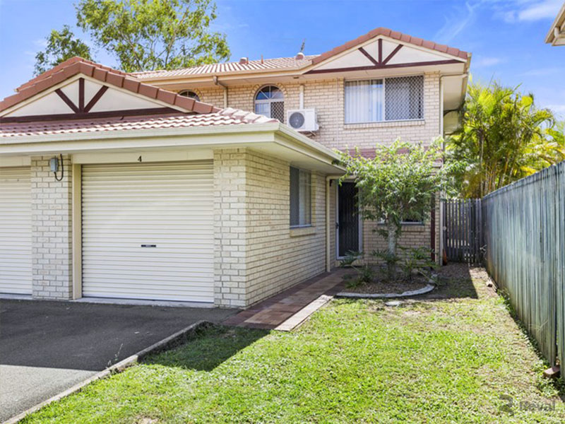 2/9 Lawrence Close, Robertson QLD 4109
